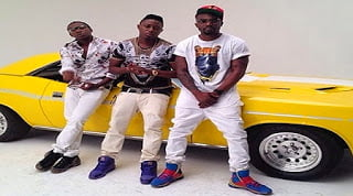 R2bees - Killing me softly (Video)