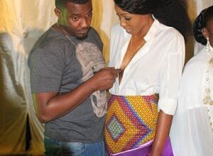Photo of Dumelo Grabs Yvonne Nelson's Boobs