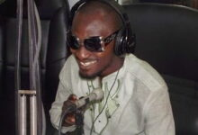 Photo of Funny face splits with manager