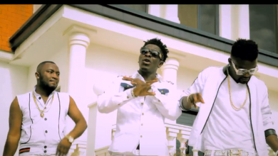 Photo of Shatta Wale MA TA HE (I WILL TOUCH IT) Ft D2