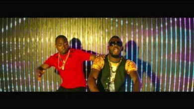 Photo of OFFICIAL VIDEO: Davido Ft Dj Arafat - NAUGHTY + Download