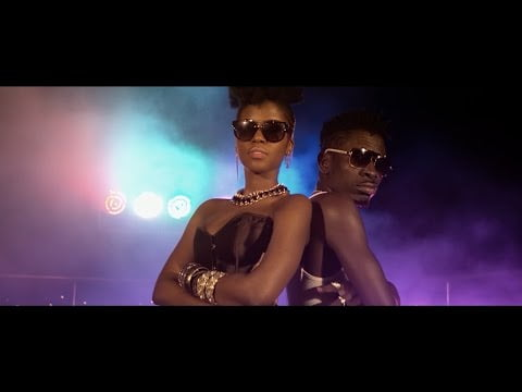 0 40 - ▶Video:  Shatta Wale ft. MzVee - Dancehall Queen