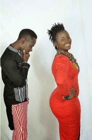 OkyeameKwame OdoWoheFt.NanaYaawww.blissgh.comfollow@blissghontwitter - Music: Okyeame Kwame - Odo Wohe ft. Nana Yaa