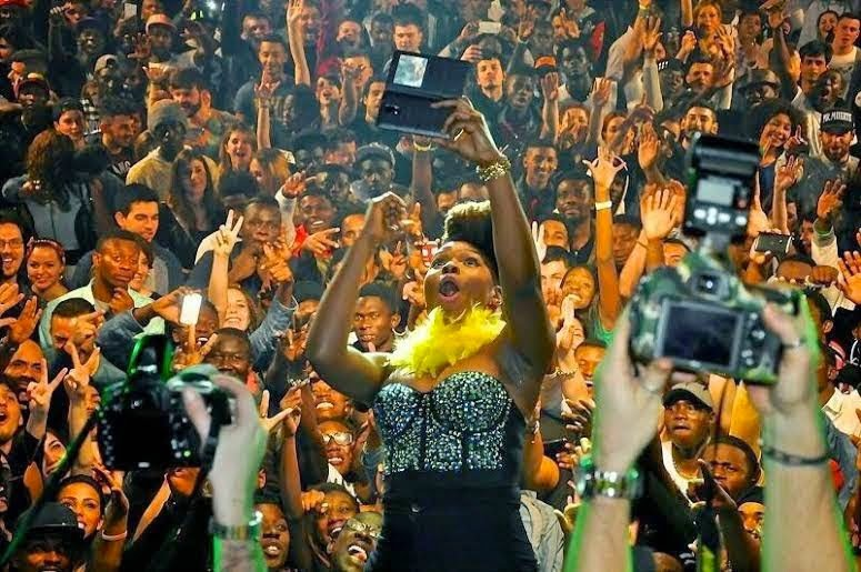 p - PHOTOS: Yemi Alade sets Rome ablaze
