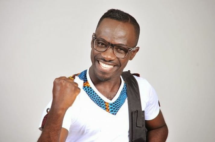 okyeamekwame - Okyeame Kwame to be stripped by fans | Entertainment