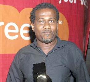 Lucky Mensah - Heche ft. Kofi Kinaata (Prod. by Dr Ray)
