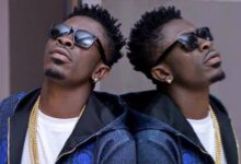 Photo of Bulldog doesn't Work like a Manager  – Shatta Wale