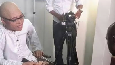PhotoAnasremovesmaskforaninterview - Photo: Anas removes mask for an interview with BBC