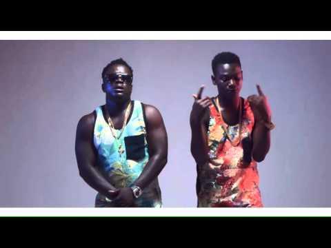 0 26 - Koo Ntakra - Zibortey ft. Danso Abiam (Official Video)