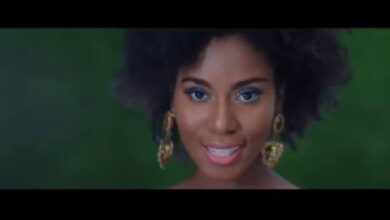 Photo of MzVee ft Pappy Kojo – Mensuro Obia (Official Video)