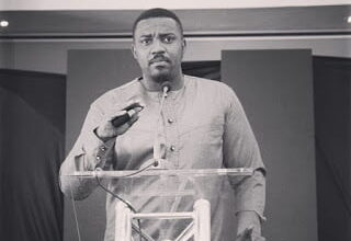 "Photo of I see one person being sworn in 2017 and it's not ""Nana Addo"" – John Dumelo"