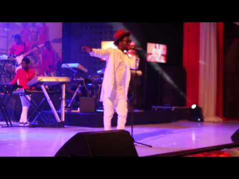 Photo of Video: Bisa Kdei's Entrance on vals day concert