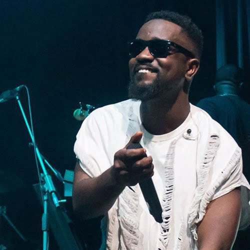 AudioBlendingSwaggerwithSentimentGhana27shiplifestarSarkodieonBBCAfrica - Audio: Blending Swagger with Sentiment: Ghana's hip life star Sarkodie on BBC Africa