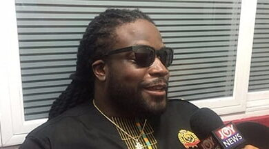 Photo of Member of the Grammy award winning Group Morgan Herritage 'Gramps Morgan' wants to sign StoneBwoy