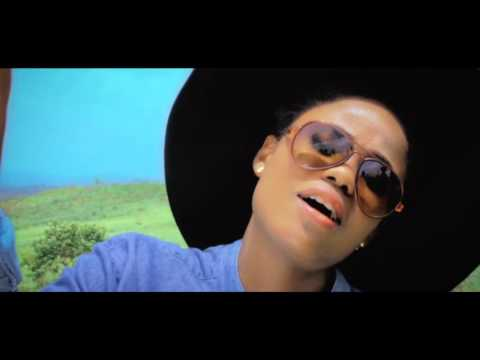 0 24 - David Oscar Rasta Love (Official Music Video)
