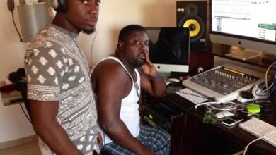 Photo of Hammer and Rapper Teephlow part ways