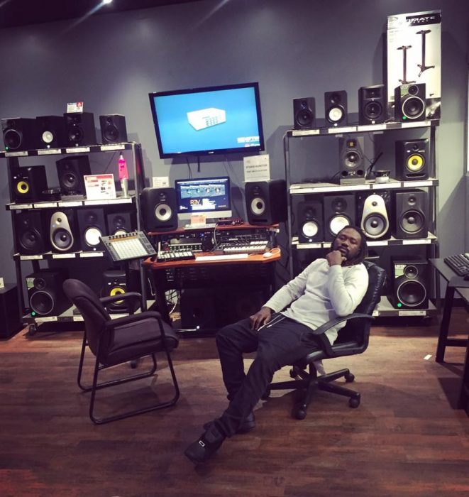 Stonebwoy vandalised my studio Beatz Dakay - Stonebwoy vandalised my studio - Beatz Dakay