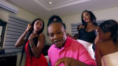Photo of Daddy Lumba – ENKO DEN (Official Video) +Mp3 Download