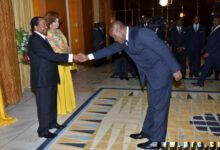 Photo of Cameroon minister greets president 'too respectfully', Goes viral, Photos