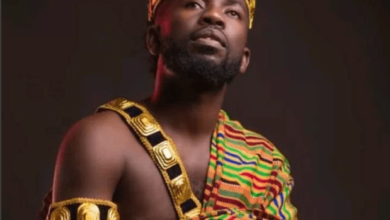 Photo of I built house from my 'funeral songs'- Bisa Kdei to critics