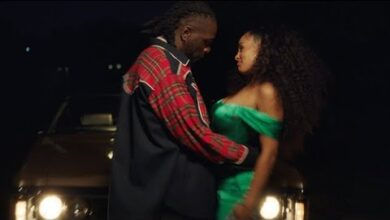 Photo of Burna Boy - Gum Body (Feat. Jorja Smith) [Official Video]
