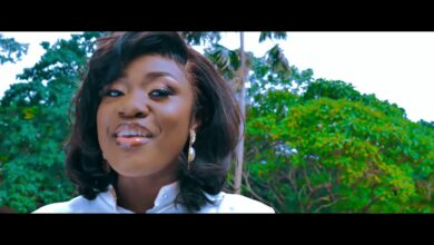 Emelia Brobbey – Fa Me Kor (Remix) ft Prince Bright (Official Video) download music mp3 mp4