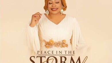 Photo of Sinach – Peace In The Storm